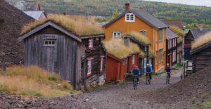 Røros-regionen markerer seg som bærekraftig destinasjon. Innbyggerne lever i en verdensarv, samtidig som gruvebyen er et moderne industrisamfunn og et populært reisemål. Foto: Frontal Media