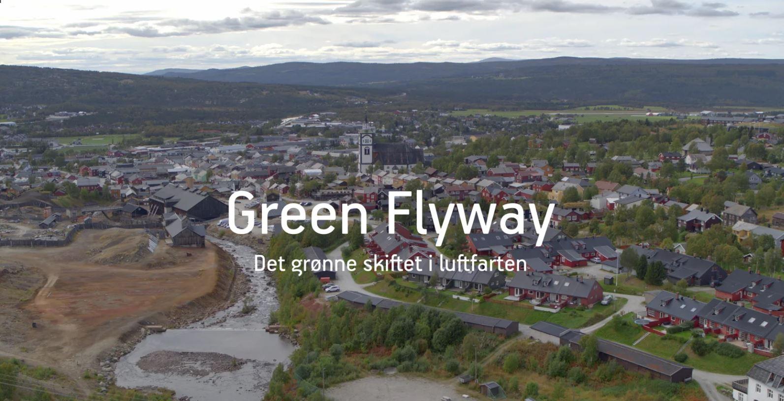 Bilde av Røros sentrum fra lufta, med teksten Green Flyway, det grønne skiftet i luftfarten