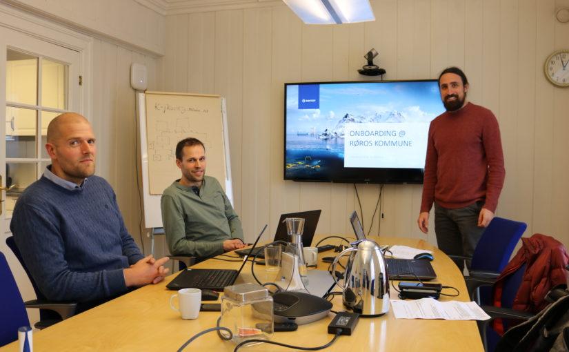 Røros kommune inngår FoU-samarbeid med Sintef Digital