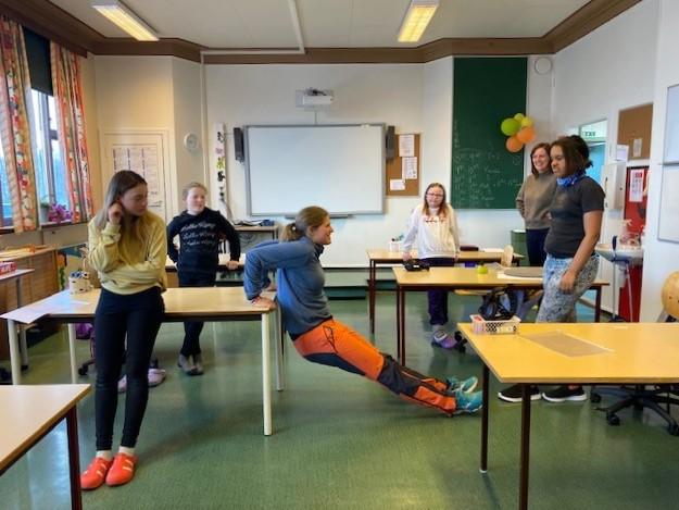Morgentrim for elevene på Glåmos skole