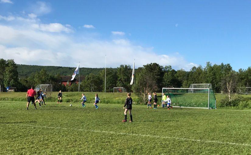 Fotball for barn og unge hele sommeren!